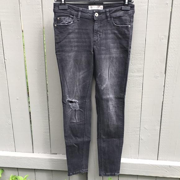 Zara Dark Gray Distressed Jeans Size 6